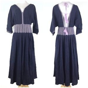 Free People Size XS Embroider Peasant Midi Dress